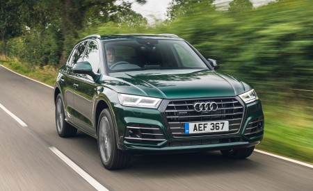 2020 Audi Q5 55 TFSI e Plug-In Hybrid Front Three-Quarter Wallpapers 450x275 (67)