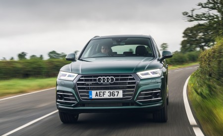 2020 Audi Q5 55 TFSI e Plug-In Hybrid Front Wallpapers 450x275 (69)