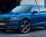 2020 Audi Q5 55 TFSI e quattro Plug-in Hybrid (Color: Turbo Blue) Front Three-Quarter Wallpapers 150x120