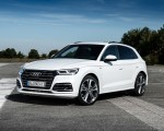 2020 Audi Q5 TFSI e Plug-In Hybrid (Color: Glacier White) Front Three-Quarter Wallpapers 150x120 (22)