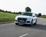 2020 Audi Q5 TFSI e Plug-In Hybrid (Color: Glacier White) Front Wallpapers 150x120