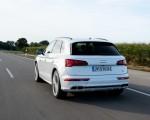 2020 Audi Q5 TFSI e Plug-In Hybrid (Color: Glacier White) Rear Three-Quarter Wallpapers 150x120 (17)