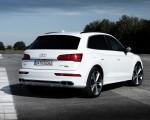 2020 Audi Q5 TFSI e Plug-In Hybrid (Color: Glacier White) Rear Three-Quarter Wallpapers 150x120 (29)