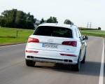 2020 Audi Q5 TFSI e Plug-In Hybrid (Color: Glacier White) Rear Wallpapers 150x120 (30)