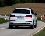 2020 Audi Q5 TFSI e Plug-In Hybrid (Color: Glacier White) Rear Wallpapers 150x120