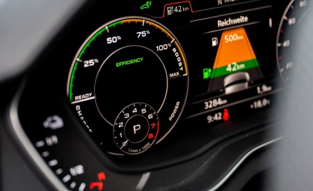 2020 Audi Q5 TFSI e Plug-In Hybrid Digital Instrument Cluster Wallpapers 450x275 (50)