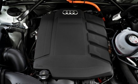 2020 Audi Q5 TFSI e Plug-In Hybrid Engine Wallpapers 450x275 (46)