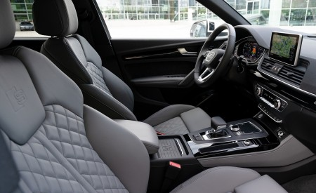 2020 Audi Q5 TFSI e Plug-In Hybrid Interior Seats Wallpapers 450x275 (62)