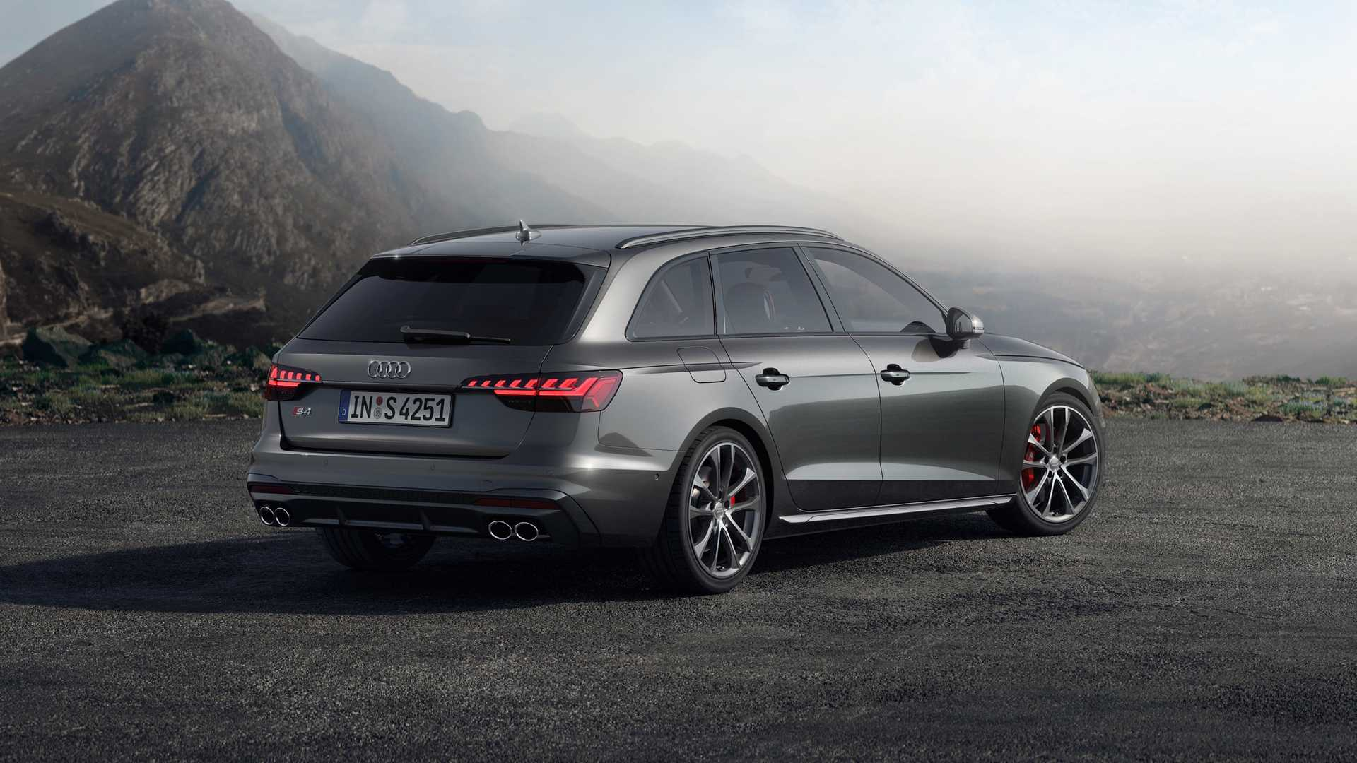 2020 Audi S4 Avant TDI (Color: Daytona Gray) Rear Three-Quarter Wallpapers (5)