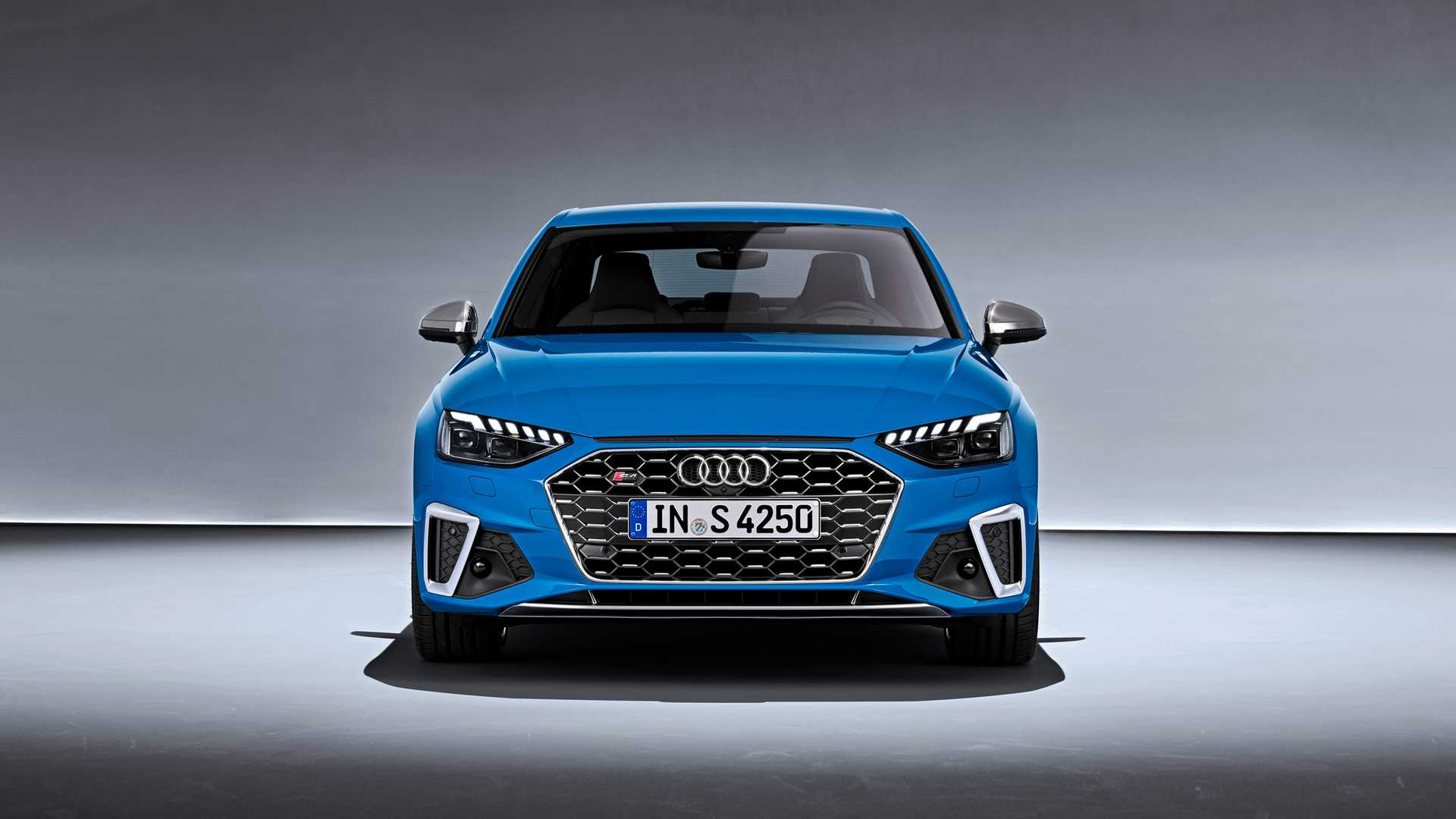2020 Audi S4 TDI (Color: Turbo Blue) Front Wallpapers (3)
