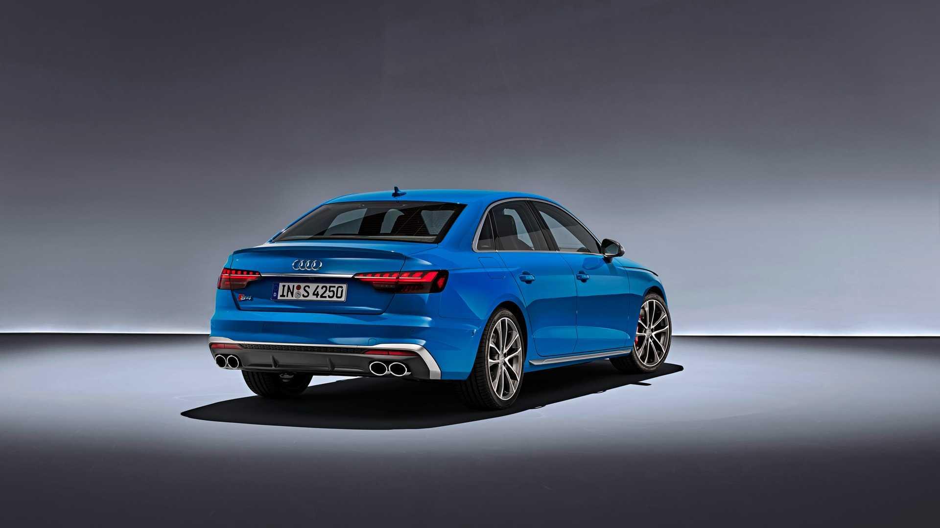 2020 Audi S4 TDI (Color: Turbo Blue) Rear Three-Quarter Wallpapers (4)