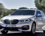 2020 BMW 1-Series 118i (Color: Mineral white Metallic) Front Three-Quarter Wallpapers 150x120 (2)