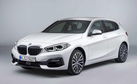 2020 BMW 1-Series 118i (Color: Mineral white Metallic) Front Three-Quarter Wallpaper 450x275 (18)