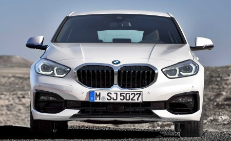 2020 BMW 1-Series 118i (Color: Mineral white Metallic) Front Wallpaper 450x275 (9)