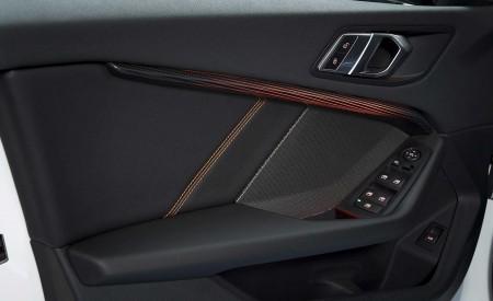 2020 BMW 1-Series 118i (Color: Mineral white Metallic) Interior Detail Wallpaper 450x275 (35)
