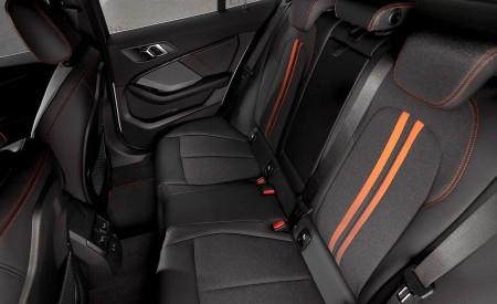 2020 BMW 1-Series 118i (Color: Mineral white Metallic) Interior Rear Seats Wallpaper 450x275 (32)