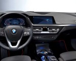2020 BMW 1-Series 118i (Color: Mineral white Metallic) Interior Steering Wheel Wallpapers 150x120 (30)