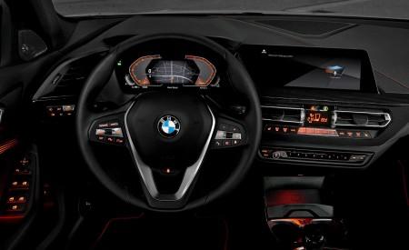 2020 BMW 1-Series 118i (Color: Mineral white Metallic) Interior Steering Wheel Wallpaper 450x275 (29)