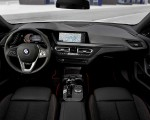 2020 BMW 1-Series 118i (Color: Mineral white Metallic) Interior Wallpapers 150x120 (40)