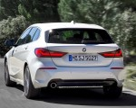 2020 BMW 1-Series 118i (Color: Mineral white Metallic) Rear Three-Quarter Wallpapers 150x120 (5)