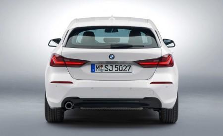 2020 BMW 1-Series 118i (Color: Mineral white Metallic) Rear Wallpaper 450x275 (21)