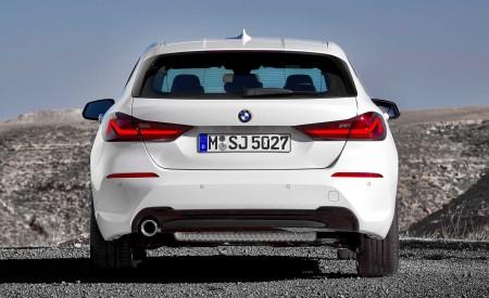 2020 BMW 1-Series 118i (Color: Mineral white Metallic) Rear Wallpaper 450x275 (12)