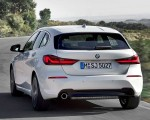 2020 BMW 1-Series 118i (Color: Mineral white Metallic) Rear Wallpapers 150x120 (6)