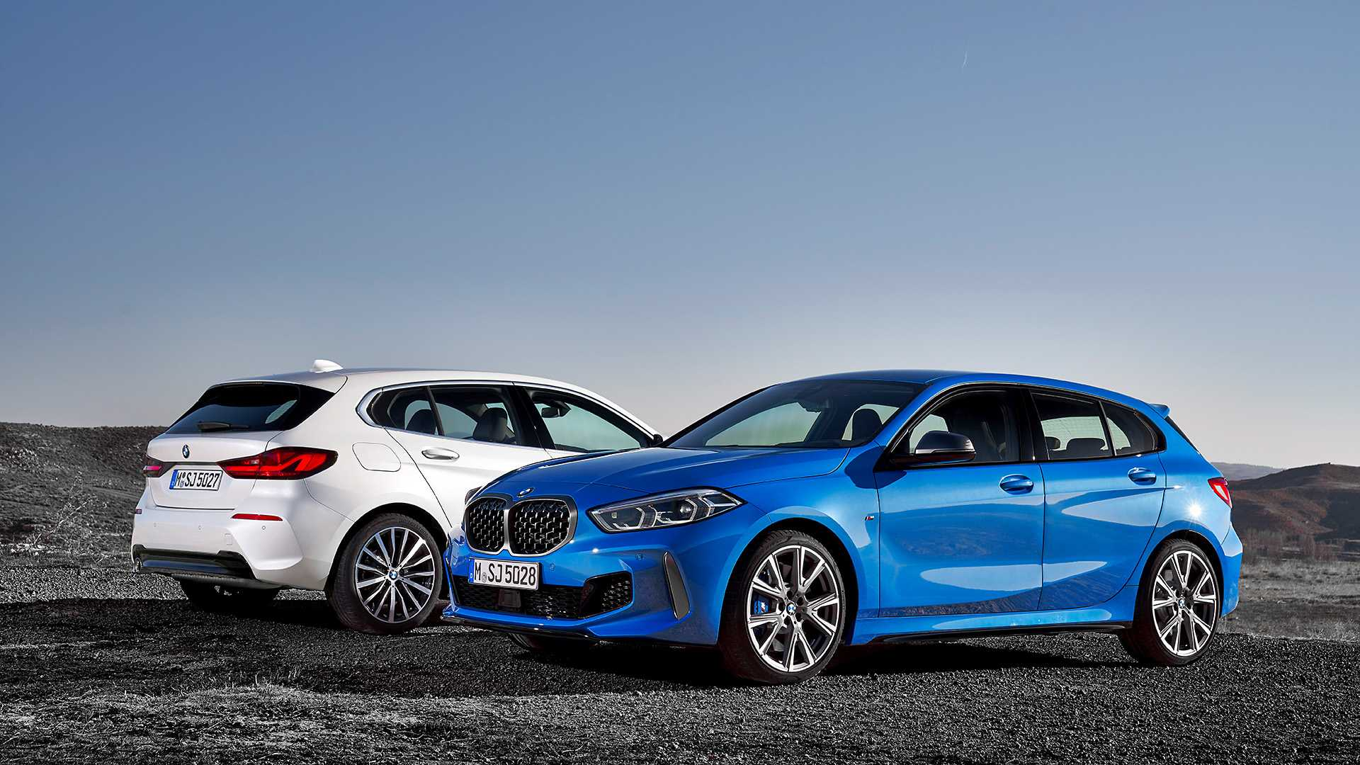 2020 BMW 1-Series 118i (Color: Mineral white Metallic) and BMW M135i xDrive Wallpapers (14)
