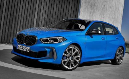 2020 BMW M135i xDrive (Color: Misano Blue Metallic) Front Three-Quarter Wallpapers 450x275 (10)