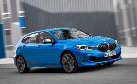 2020 BMW M135i xDrive (Color: Misano Blue Metallic) Front Three-Quarter Wallpapers 450x275 (4)