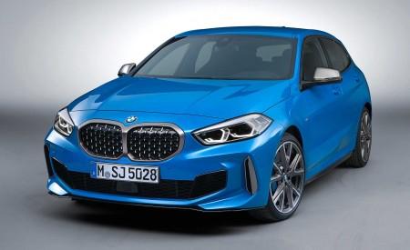 2020 BMW M135i xDrive (Color: Misano Blue Metallic) Front Three-Quarter Wallpapers 450x275 (20)