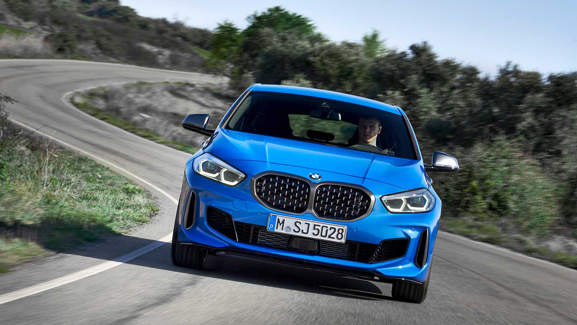 2020 BMW M135i xDrive (Color: Misano Blue Metallic) Front Wallpapers (1)