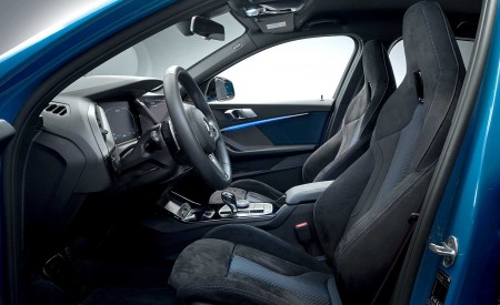 2020 BMW M135i xDrive (Color: Misano Blue Metallic) Interior Front Seats Wallpapers 450x275 (41)