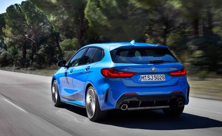 2020 BMW M135i xDrive (Color: Misano Blue Metallic) Rear Three-Quarter Wallpapers 450x275 (7)