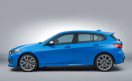 2020 BMW M135i xDrive (Color: Misano Blue Metallic) Side Wallpapers 450x275 (23)