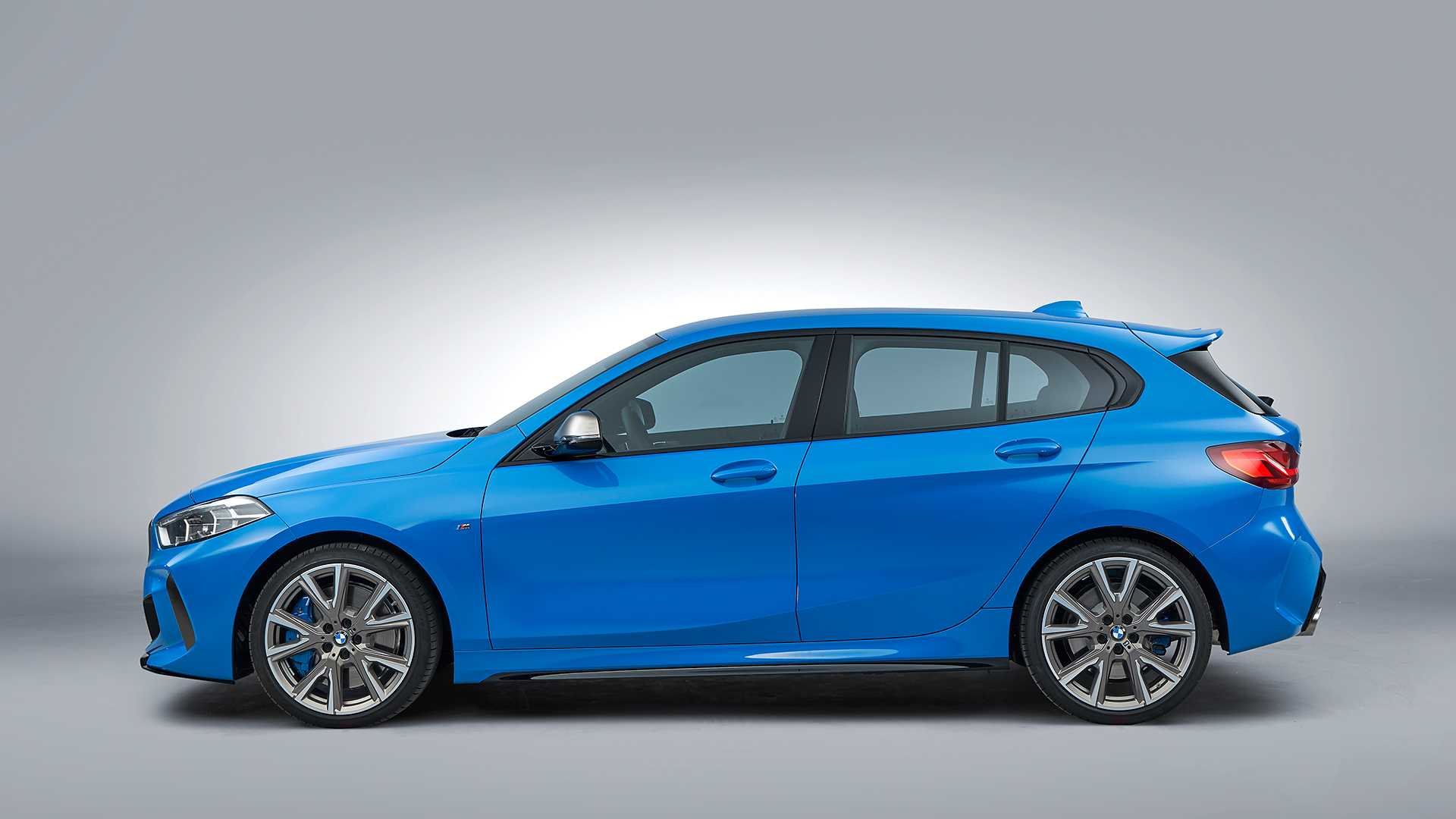 2020 BMW M135i xDrive (Color: Misano Blue Metallic) Side Wallpapers #23 of 55