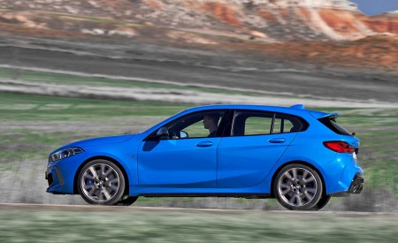 2020 BMW M135i xDrive (Color: Misano Blue Metallic) Side Wallpapers 450x275 (14)
