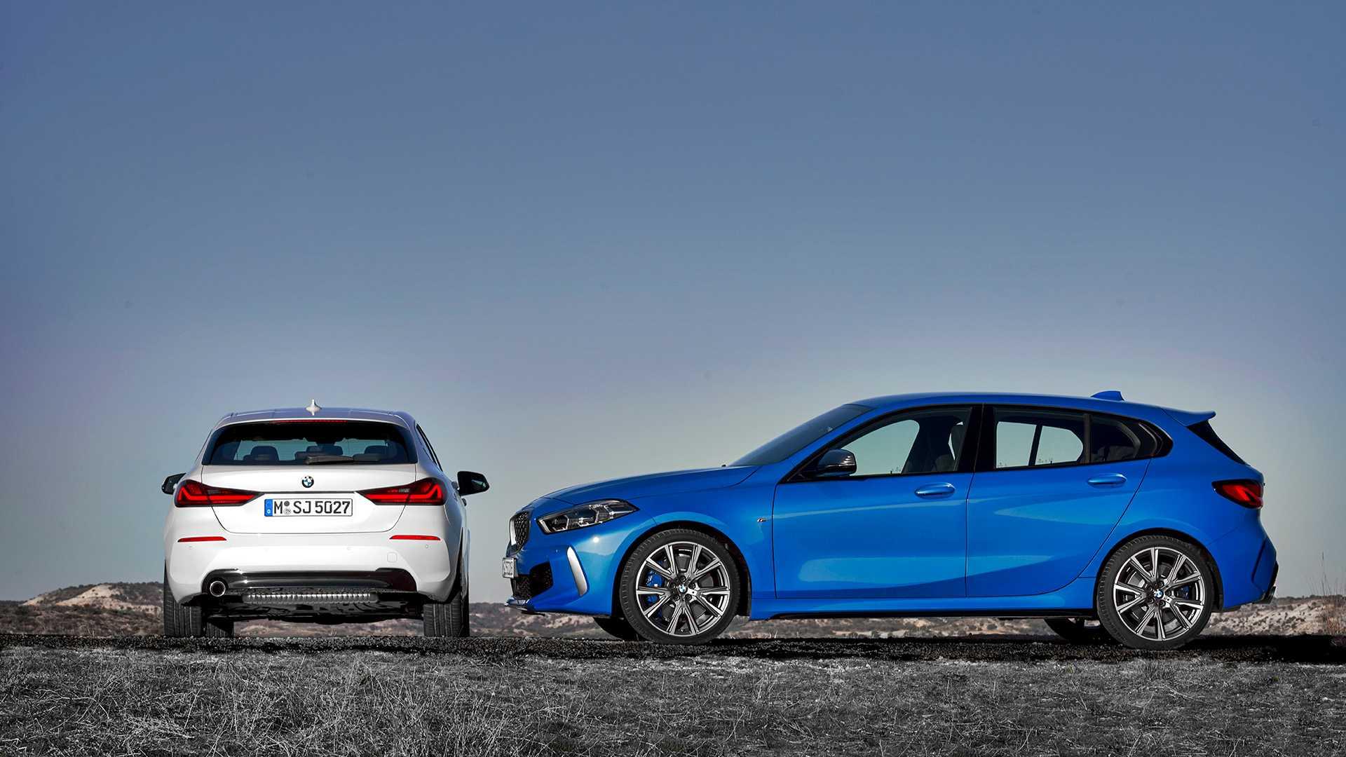 2020 BMW M135i xDrive (Color: Misano Blue Metallic) and BMW 1-Series 118i Wallpaper (15)