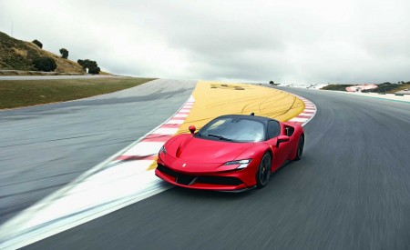 2020 Ferrari SF90 Stradale Front Three-Quarter Wallpapers 450x275 (2)