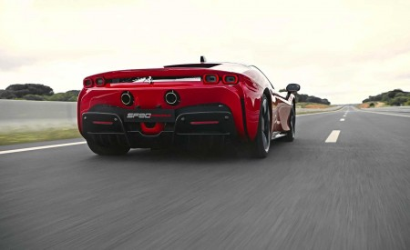 2020 Ferrari SF90 Stradale Rear Three-Quarter Wallpapers 450x275 (10)