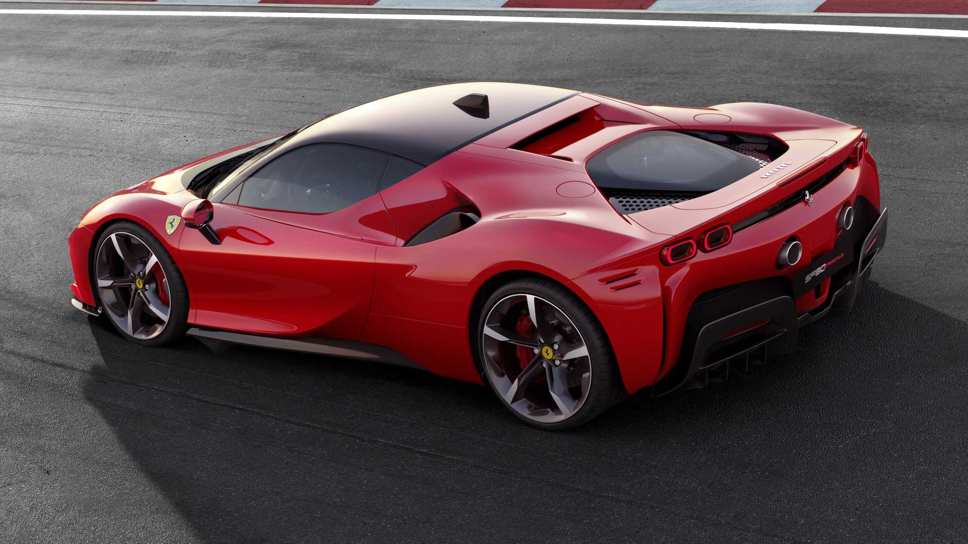 2020 Ferrari SF90 Stradale Rear Three-Quarter Wallpapers (11)
