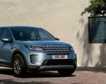 2020 Land Rover Discovery Sport Front Three-Quarter Wallpaper 150x120 (42)