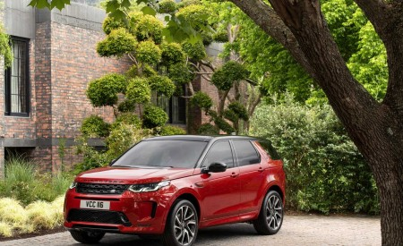 2020 Land Rover Discovery Sport Front Three-Quarter Wallpapers 450x275 (22)