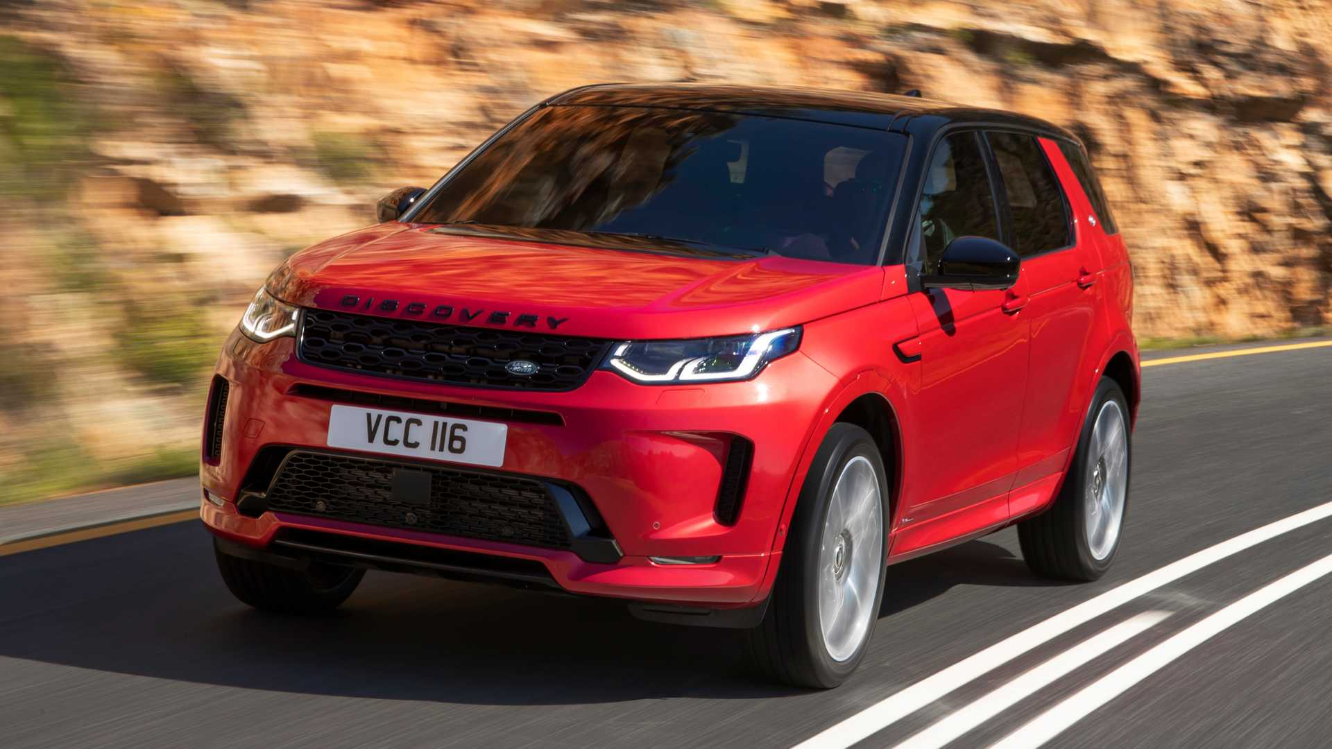 2020 Land Rover Discovery Sport Front Three-Quarter Wallpaper (3)