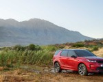 2020 Land Rover Discovery Sport Front Three-Quarter Wallpaper 150x120 (24)