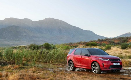 2020 Land Rover Discovery Sport Front Three-Quarter Wallpaper 450x275 (24)