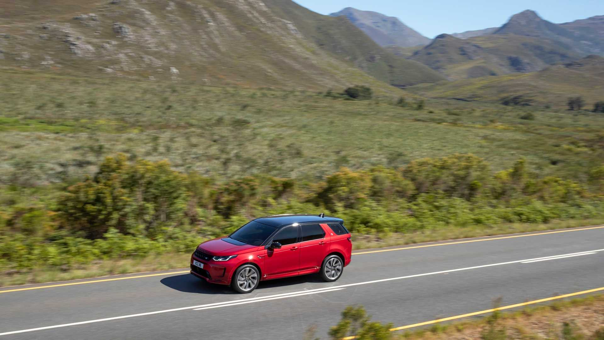 2020 Land Rover Discovery Sport Front Three-Quarter Wallpaper (4)