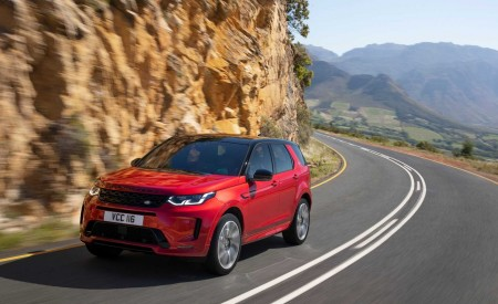 2020 Land Rover Discovery Sport Front Three-Quarter Wallpapers 450x275 (5)