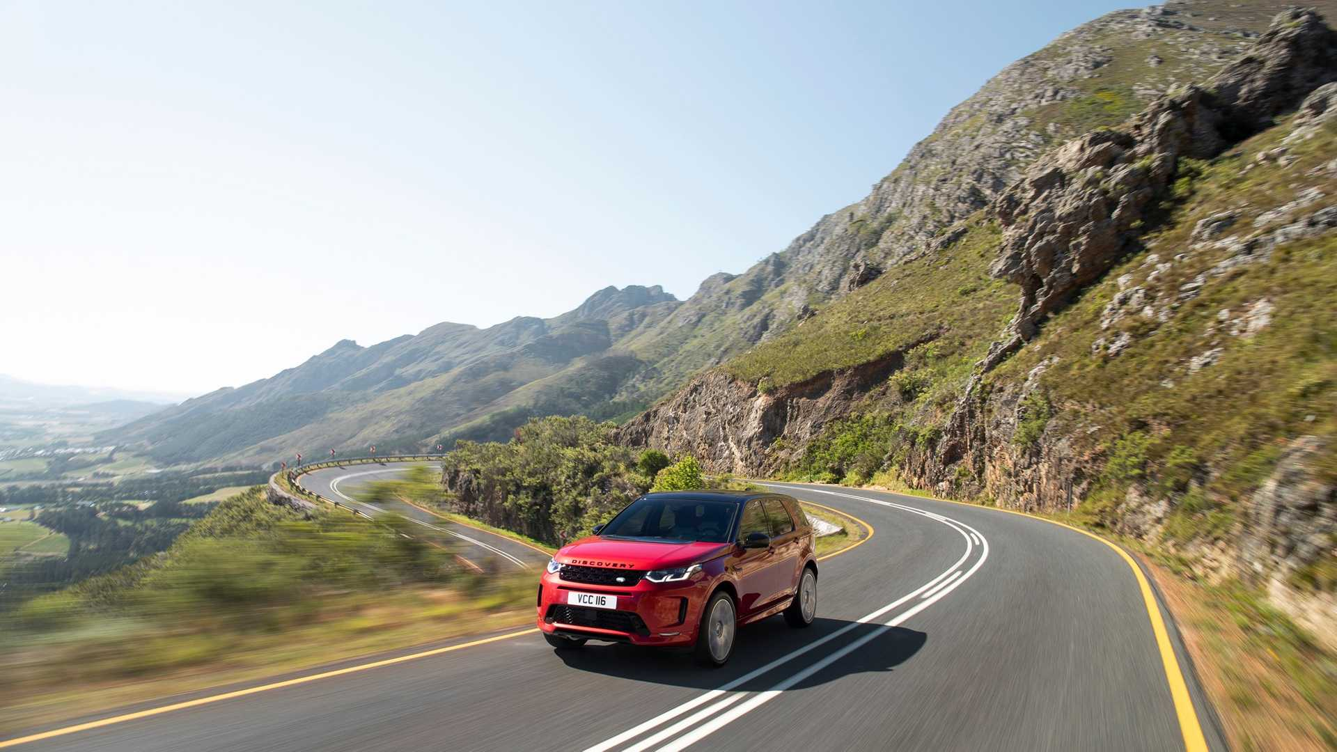 2020 Land Rover Discovery Sport Front Three-Quarter Wallpaper (6)