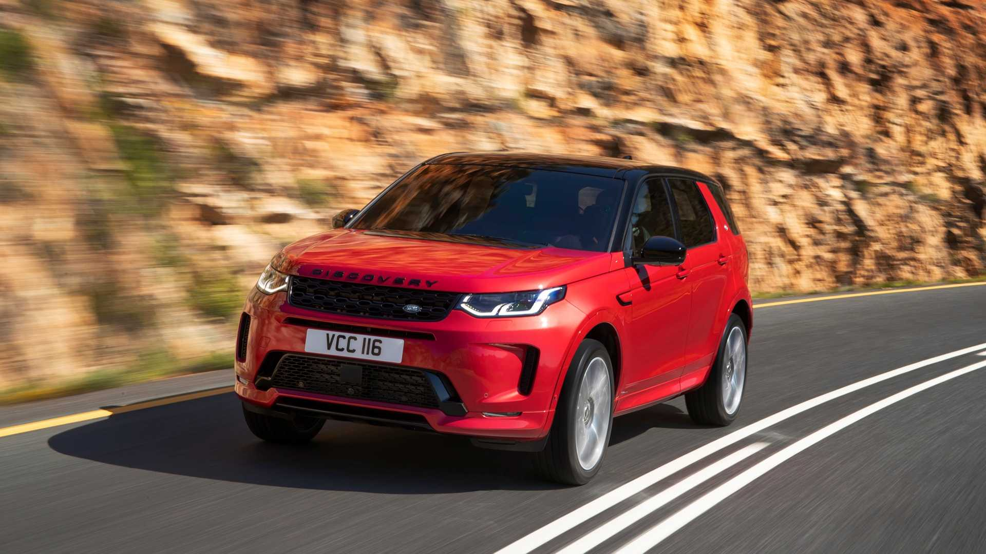 2020 Land Rover Discovery Sport Front Three-Quarter Wallpaper (1)
